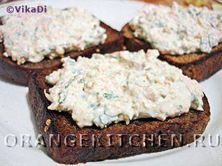 Вегетарианские рецепты с фото: бутерброды с творожной пастой