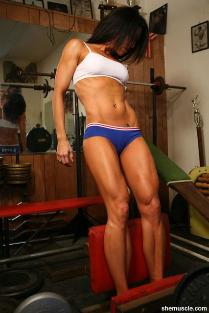 Nice little blog for fitness motivation beautiful legs on this lady :)