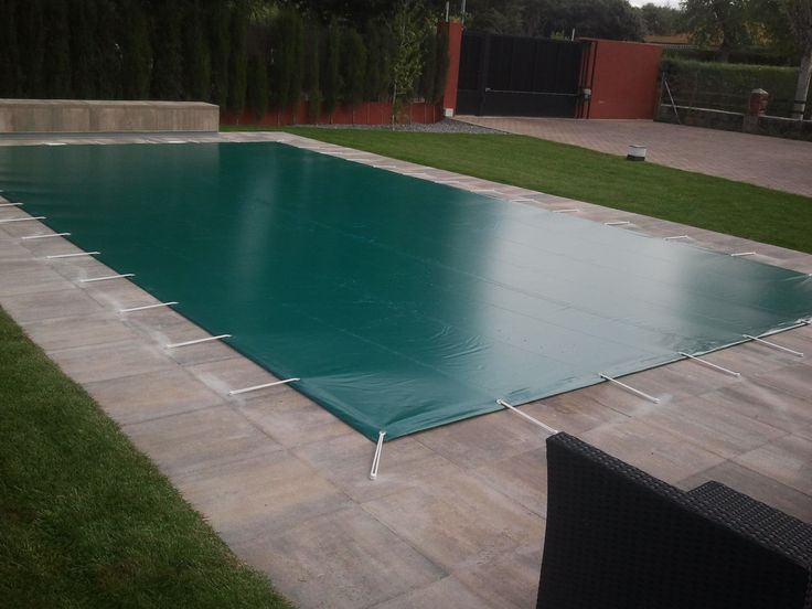 Instalaci n cobertor de invierno para piscina cobertor for Cobertor de piscina automatico