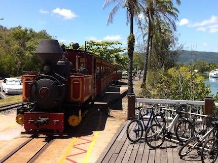 Bally Hoolley, Port Douglas