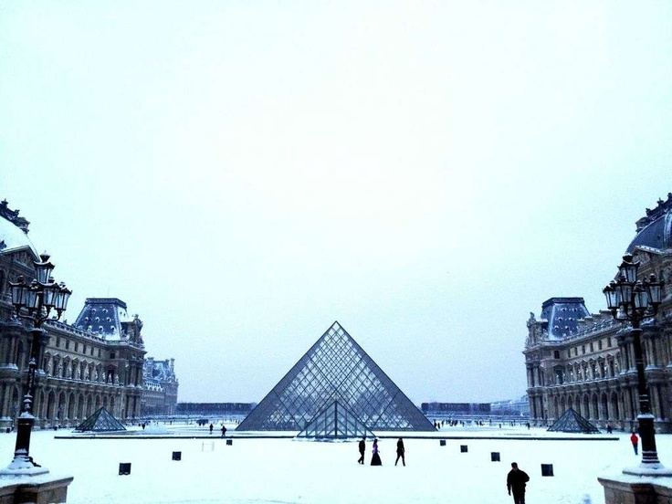Paris under the snow - Created on Tactilize