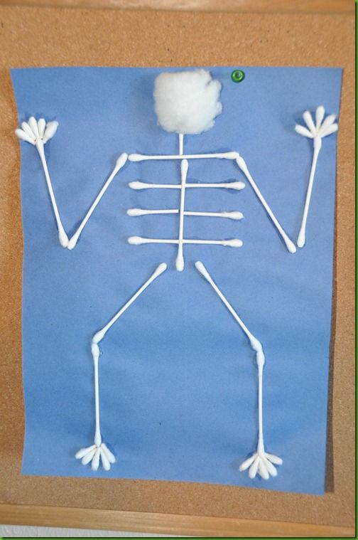 pinterest the body bones skeleton preschool crafts | ... worksheet, it was time for Arts & Crafts. We made q-tip skeletons