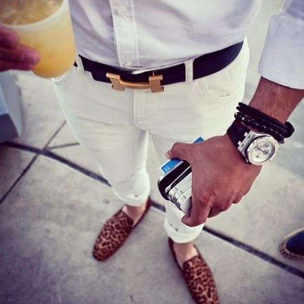 Keep the Hermes Belt , the all White look and the pumps but throw tose bracelets in the garbage