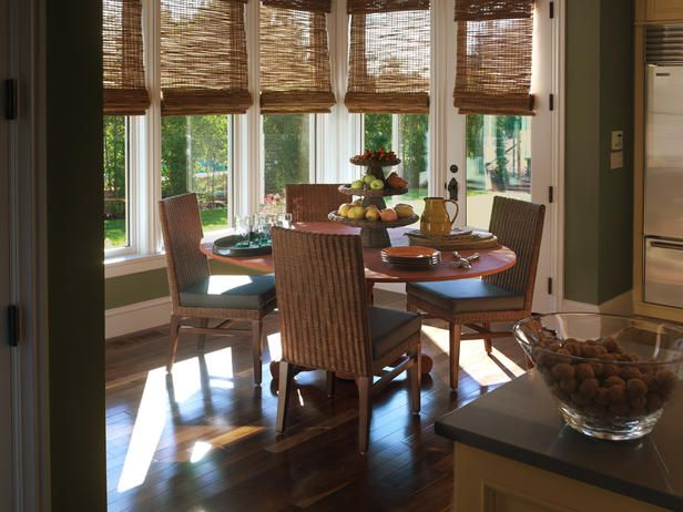 i love these shades!: Dining Rooms, Bamboo Romans Shades, Breakfast Nooks, Hgtv Dreams Home, Gourmet Kitchens, Window Treatments, Breakfast Area, Bays Window, Bamboo Blinds