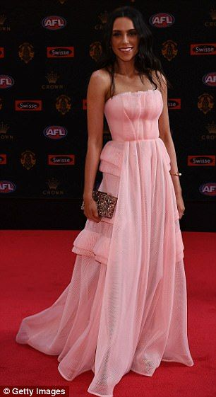 Georgia Young Couture / Brownlow 2017 / Jess Jafer