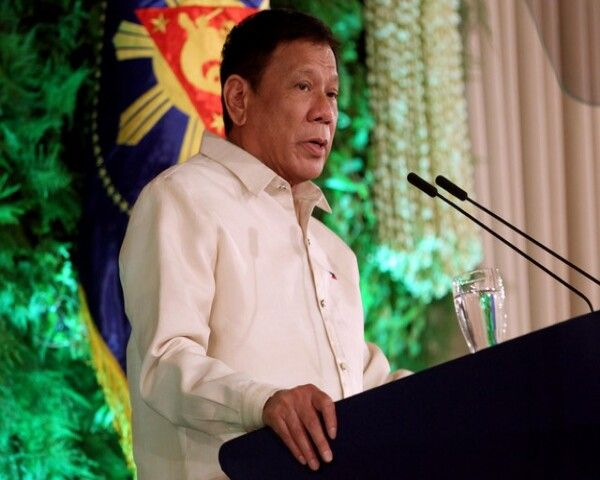 Duterte SONA 2016: Duterte's Daughter Barred - Here's Why She Couldn't Go! - http://www.morningledger.com/duterte-sona-2016-dutertes-daughter-barred-heres-why-she-couldnt-go/1387150/