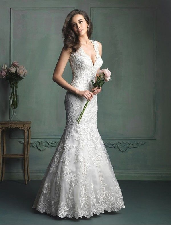 Lace Deep V-neck Neckline Mermaid Wedding Dress with Keyhole Back - Bridal Gowns - RainingBlossoms