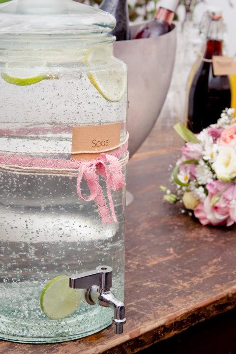 Wasserspender - beste Hochzeitsdeko!