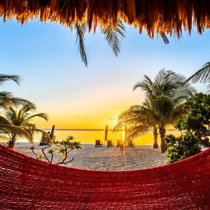 Relaxing. Ambergis Caye, Belize. (24.1.2017)