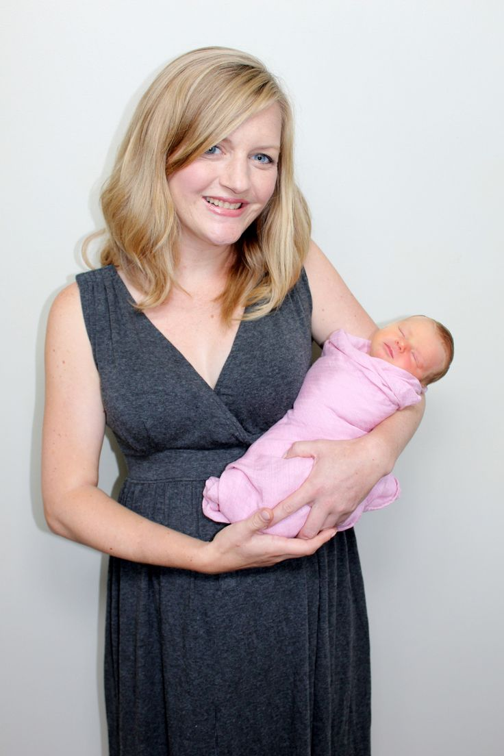 CLARA Black 3-in-1 Birthing Gown - Dressed To Deliver -Maternity Hospital Gown -Labor And Delivery Gown - 1