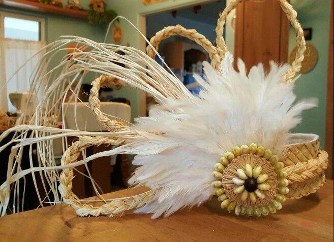 Tahitian side headpiece