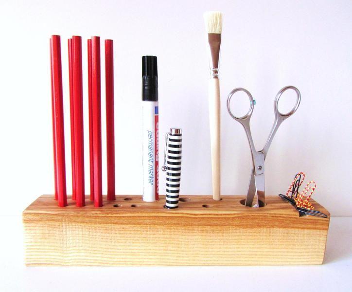 Ber ideen zu roter schreibtisch auf pinterest for Schreibtisch utensilo