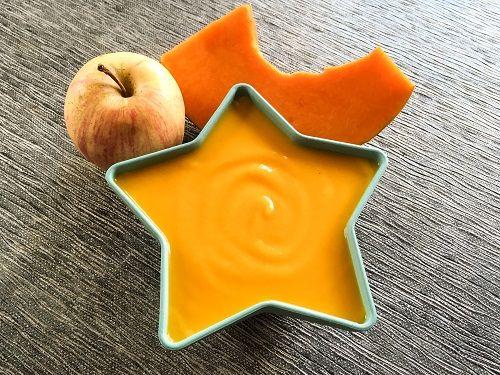 Velouté pour bébé de potiron à la pomme - Une recette Régalez Bébé.  Une soupe pour bébé de saison, toute douce et subtilement parfumée ! Le mariage si doux du potiron avec la pomme relevée avec une pointe de gingembre, cette recette est originale et facile à faire en un rien de temps !