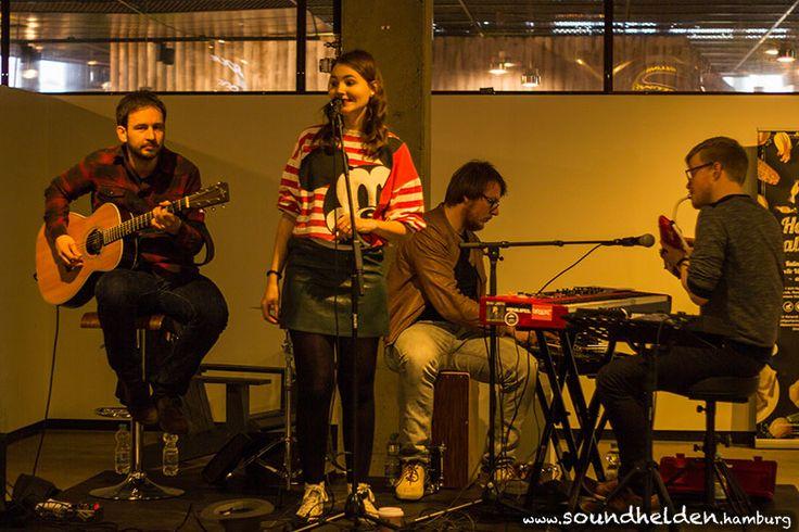 Emma Longard in der Rindermarkthalle - Soundhelden | Hamburgs Musikpinnwand