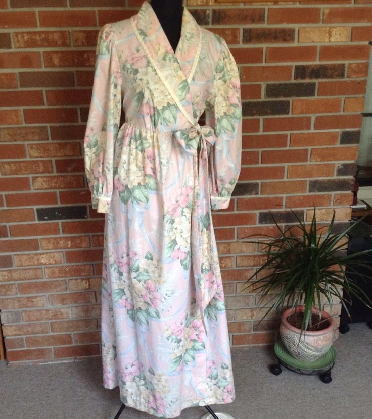 A personal favorite from my Etsy shop https://www.etsy.com/listing/470266321/vintage-komar-long-floral-robe-pastels