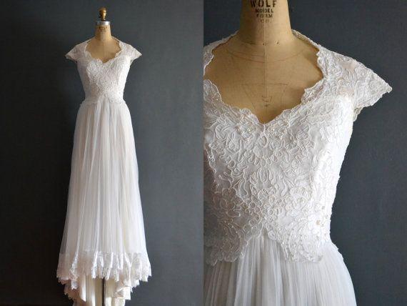 Jane / 70s wedding dress / 1980s wedding dress by BreanneFaouzi