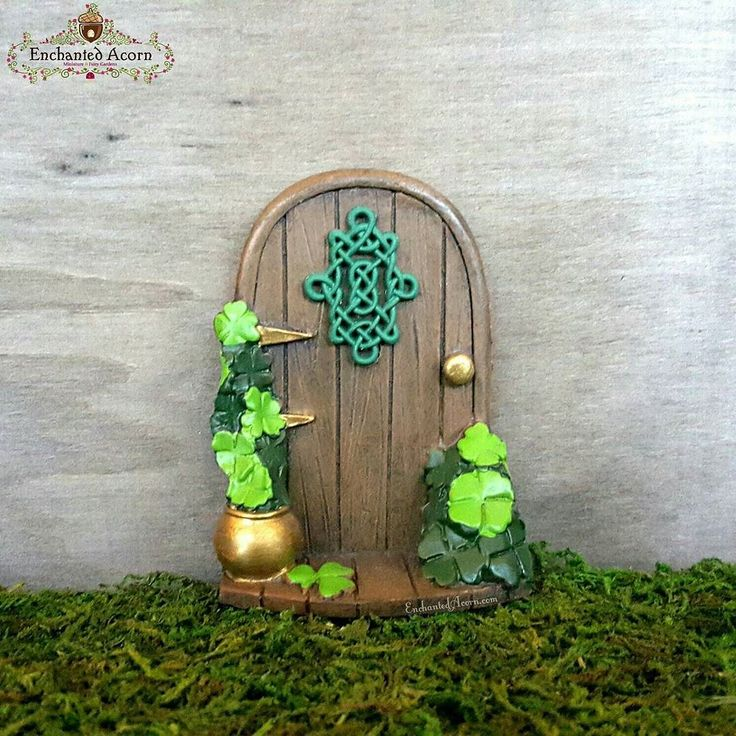 352 best images about fairy doors on pinterest portal for Irish fairy door ideas
