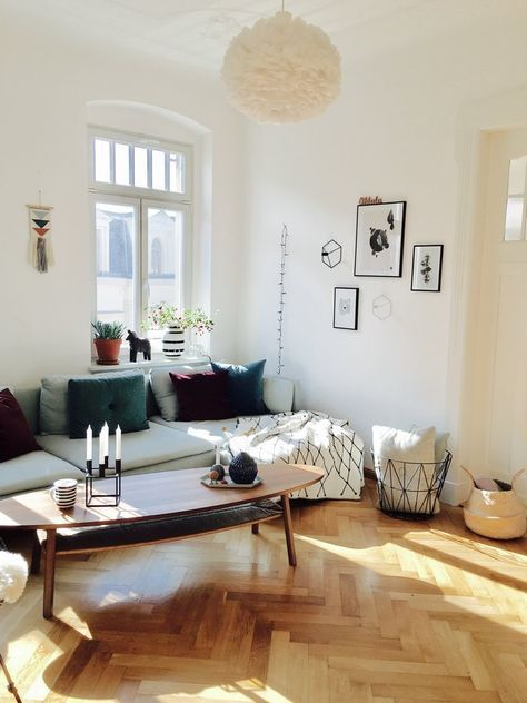 die besten 25 dekorative sofakissen ideen auf pinterest kissen anordnung braune couchkissen. Black Bedroom Furniture Sets. Home Design Ideas