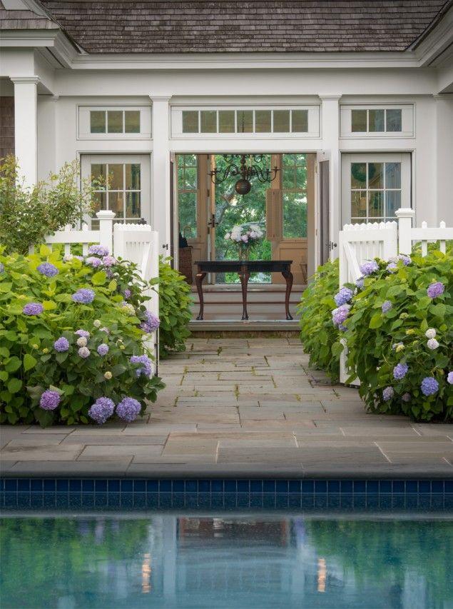 Pool Terrasse Bluestone Hortensie Außen Französisch Türen Schindel Abstellgleis Haus Martha …