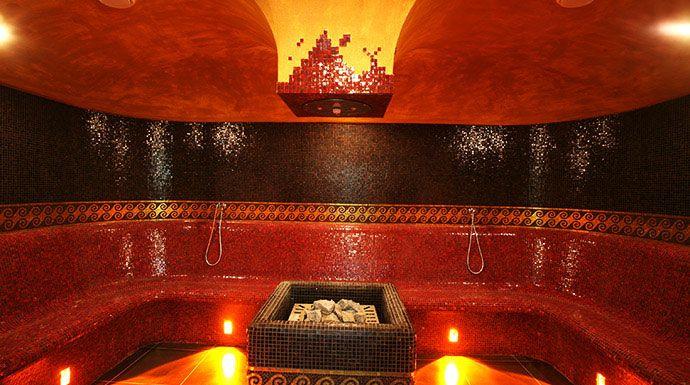 Sari Club, #Alba, #Piemonte. I colori caldi e gli ambienti raffinati e accoglienti ti invitano a godere del massimo relax!