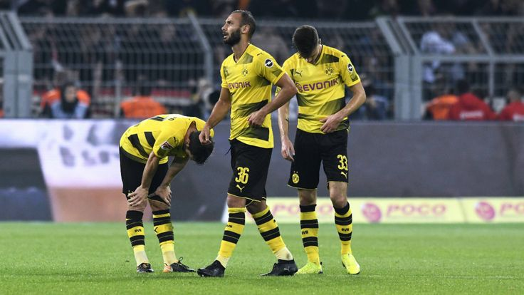 Borussia Dortmund: Wie bekommt Trainer Peter Bosz seine Abwehr dicht? - Bundesliga Saison 2017/18 - Bild.de
