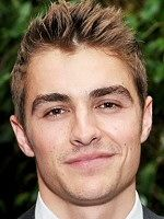 Dave Franco is an American television and film actor. He began his career with small roles in films such as Superbad and Charlie St. Cloud, before making his breakthrough performance in the 2012 buddy comedy 21 Jump Street. Wikipedia Born: June 12, 1985 (age 31 years), Palo Alto, CA Height: 5′ 7″ Spouse: Alison Brie (m. 2017) Siblings: James Franco, Tom Franco TV shows: Scrubs, Easy, Do Not Disturb