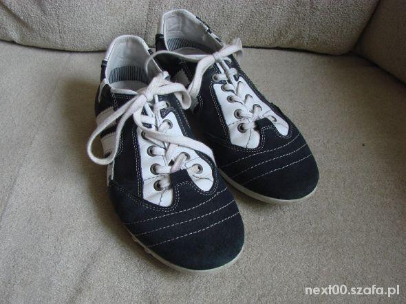 Męskie 40 obuwie buty granatowe   Cena: 5,00 zł  #meskie40obuwiebutygranatow