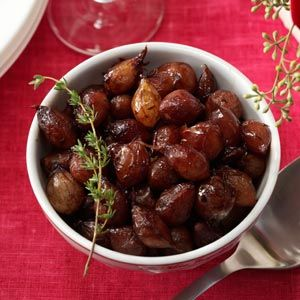 Savory Glazed Pearl Onions... I am going to try this out for Christmas