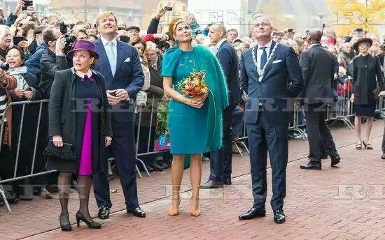King Willem-Alexander and Queen Maxima visit to Almelo, Netherlands - 27 Oct 2016  King Willem-Alexander and Queen Maxima  27 Oct 2016