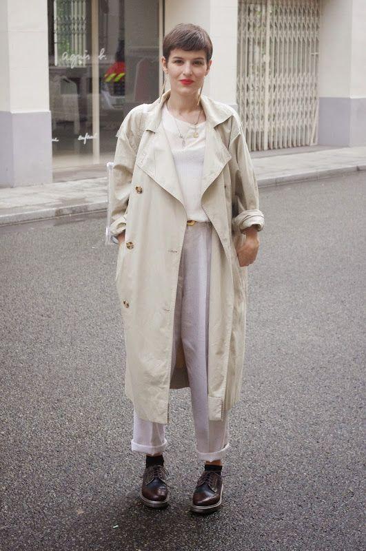 Long trench coat and derbies - émoi émoi