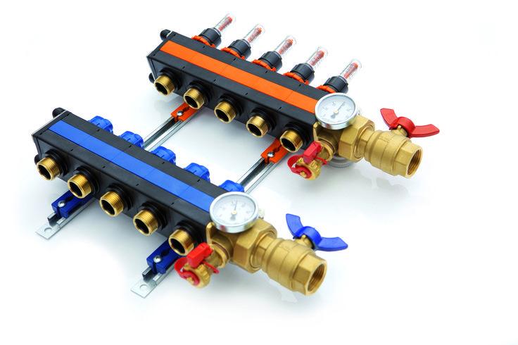 Unieke, compacte verdeler voor vloerverwarming. In hoogte verstelbaar, click-systeem, reinigbare flowmeter