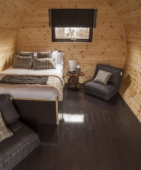 Glamping Pod Lady Heyes Park, Cheshire (hotel prices!)