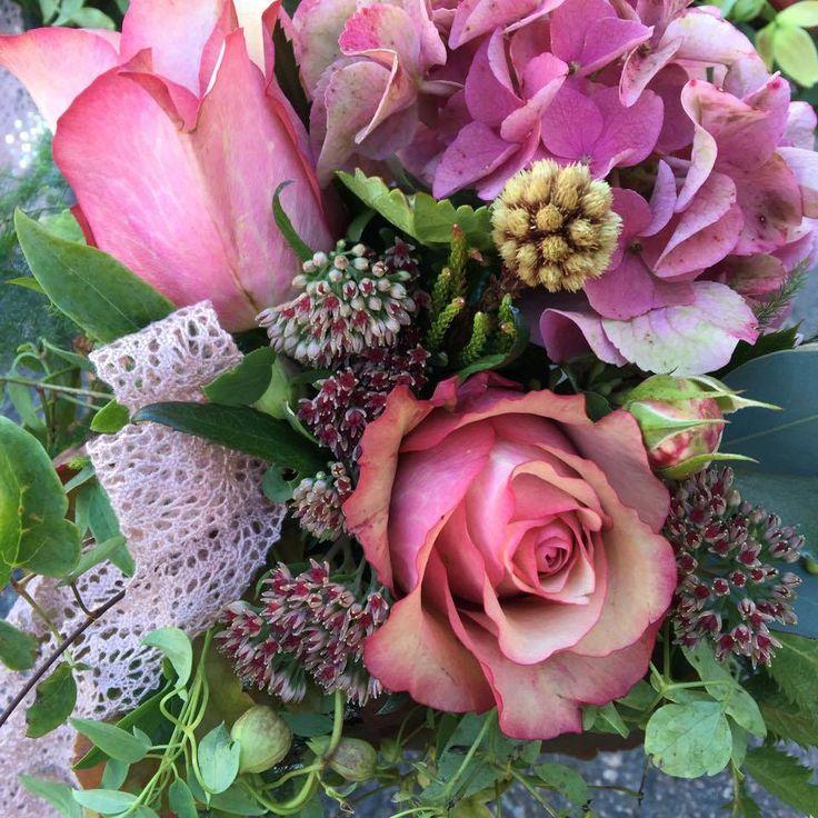 Kukkakauppa Linneasta luonnon kauneutta ainutlaatuisiin hetkiin