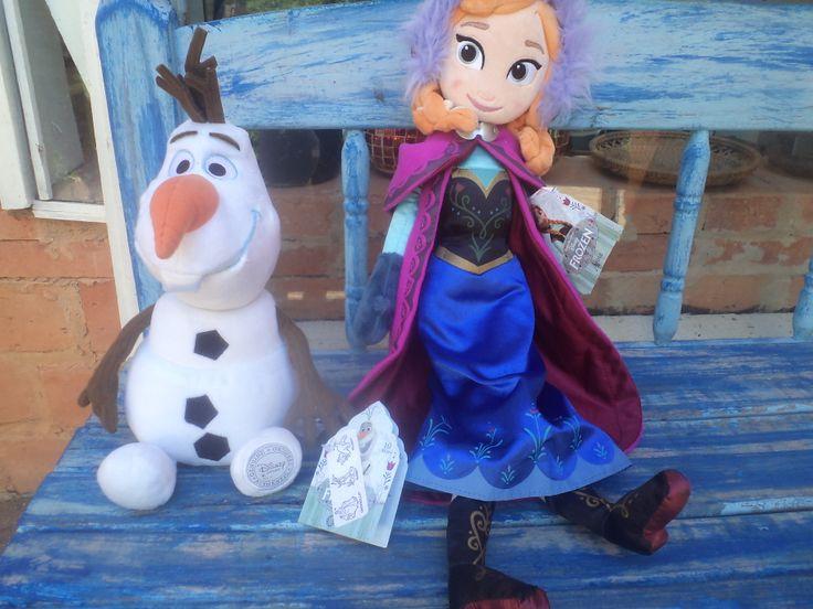 Olaf and Anna   <3