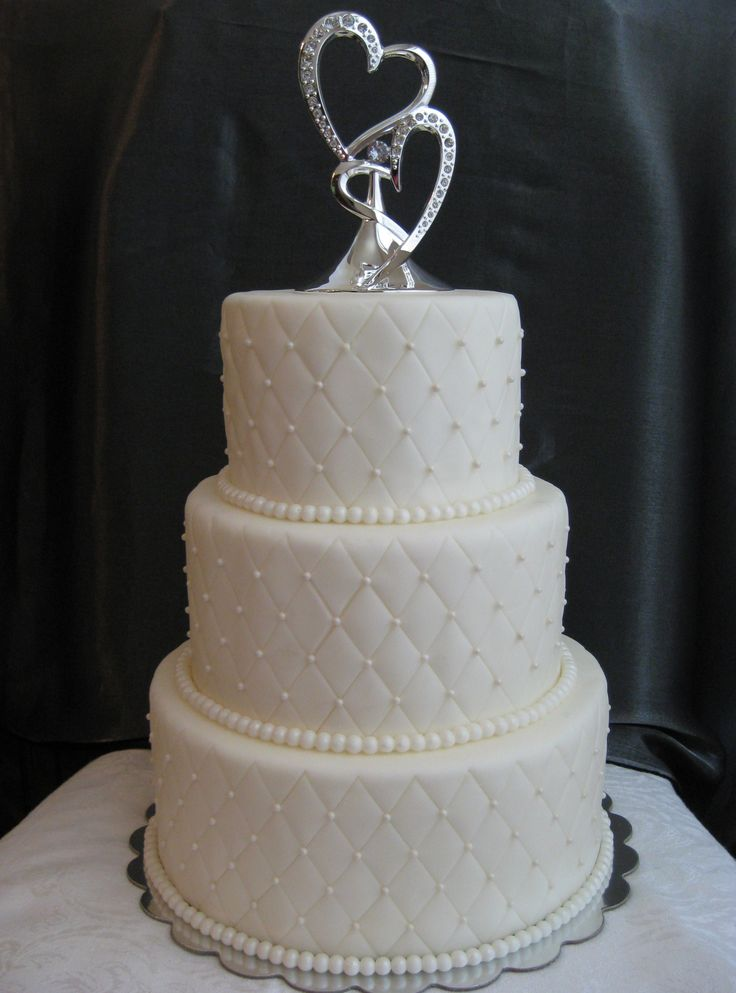 Quilt Pattern Wedding Cake : Quilted wedding cake. Marshmallow fondant covered buttercream. Cakes and things I ve made ...