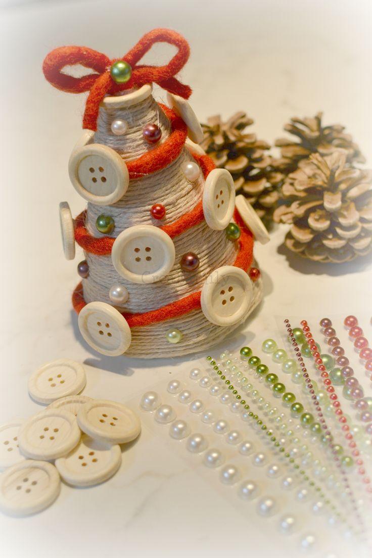 Albero di Natale in polistirolo Decorato