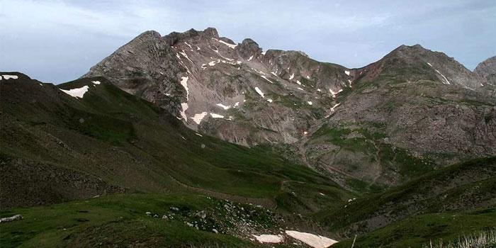 Vardousia Mountains