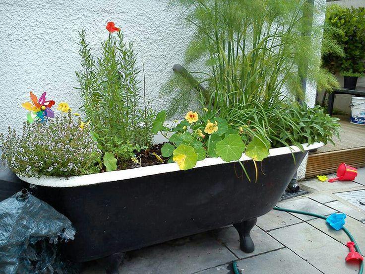 Via Repurposing 24/7 Upcycled Bathtub As Garden Planter   Repurposing    Pinterest   Garden Planters, Planters And Gardens