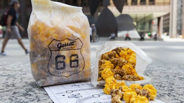 Garrett Popcorn — Chicago, IL | 24 Awesome Regional Snacks That Everybody Should Try Once