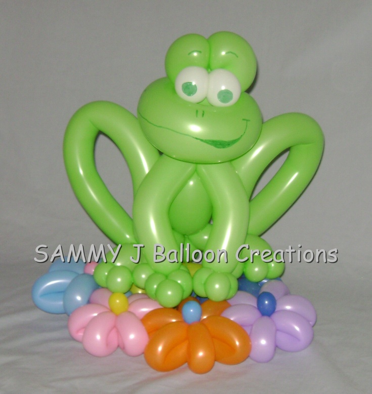 """This balloon frog is """"hoppy"""" to see you!  www.sammyjballoons.com/"""