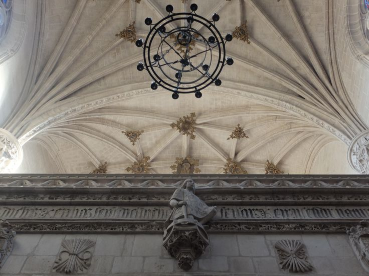 ¿ El arquitecto Juan Guas en el coro ?