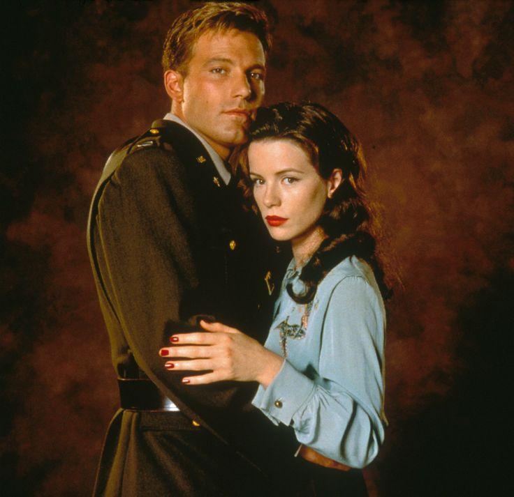 Capt Rafe McCawley & Evelyn Johnson - Ben Affleck & Kate Beckinsale - Pearl Harbor 2001
