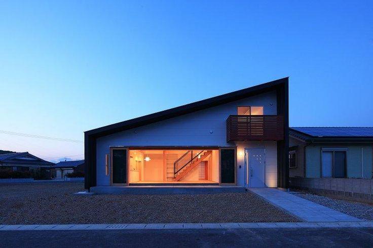 片流れ屋根の外観(House-S【 ヒトツナガリノイエ 】) - 外観事例|SUVACO(スバコ)
