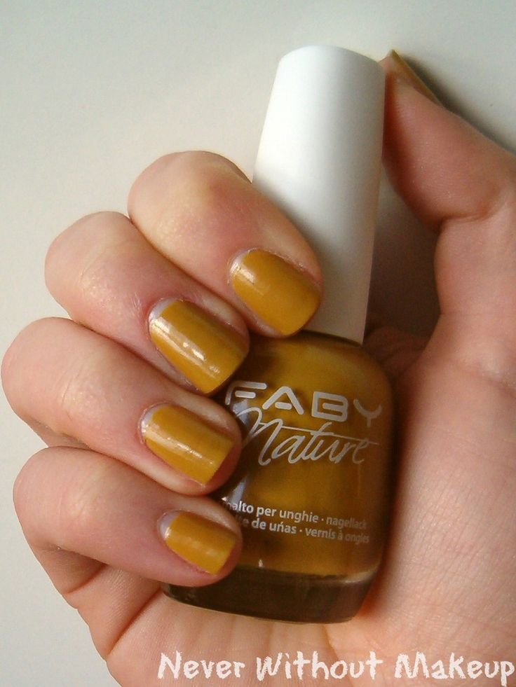 Cymbidium @fabynails L.E. Nature  http://neverwithoutmakeup.blogspot.it/2014/08/review-faby-nails-faby-nature-collection.html