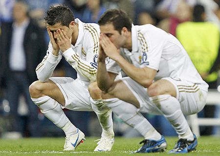 Re-United? Madrid and Manchester Fight for Cristiano Ronaldo While Arsenal Fight for Gonzalo Higuaín Source: http://www.onlinecasinoarchives.com/sports/