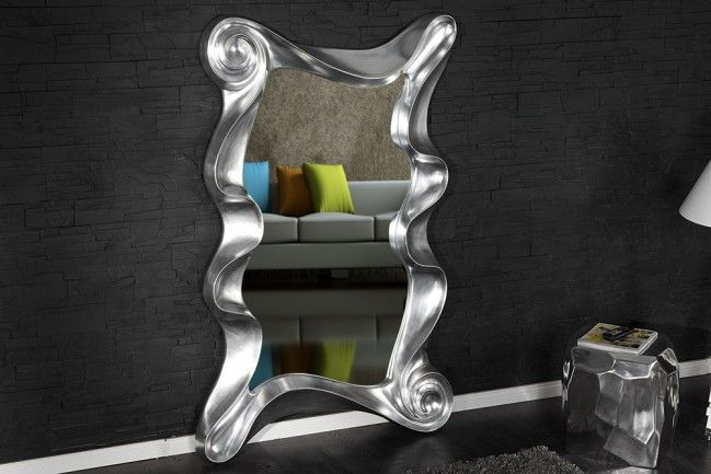 """Riesiger Wandspiegel ALICE silber 160 cm Spiegel Skulptur Designobjekt - Der riesige Wandspiegel """"ALICE"""" trägt diesen Namen nicht ohne Grund! Kurze Zeit nachdem man sich in diesem faszinierenden Spieg"""