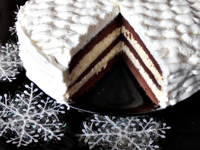 Tort cu crema de lapte | CAIETUL CU RETETE