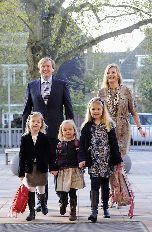 Royal Families ♥ Crown Prince Willem Alexander, Crown Princess Maxima, and Princesses Alexia, Ariane, and Catharina Amelia of the Netherlands