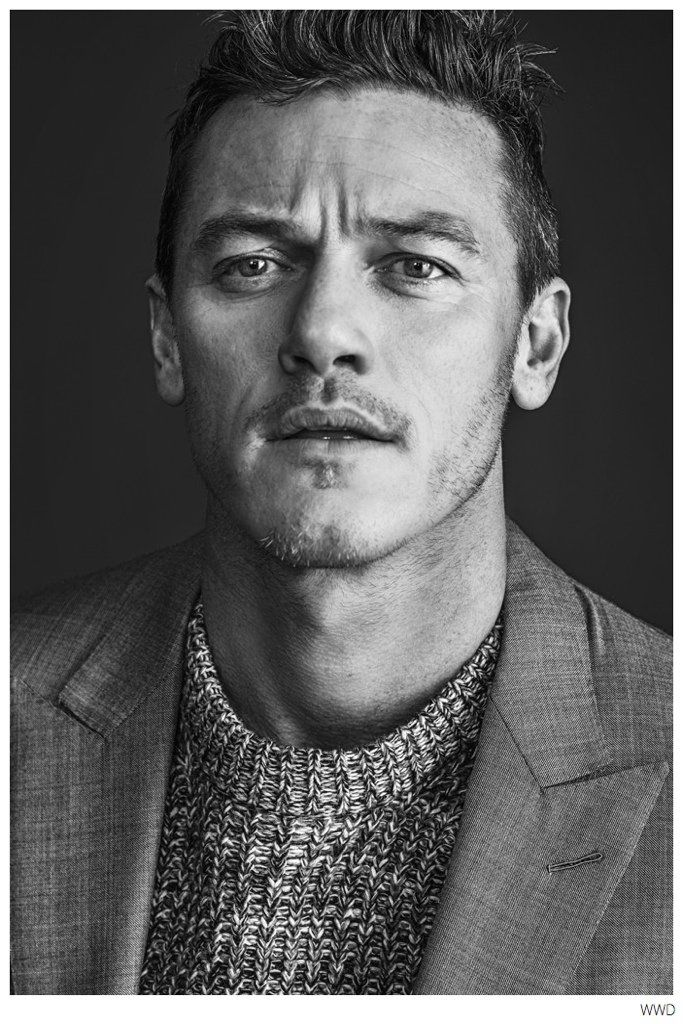 Luke Evans Stars in WWD Photo Shoot to Promote Dracula Untold image Luke Evans WWD 001