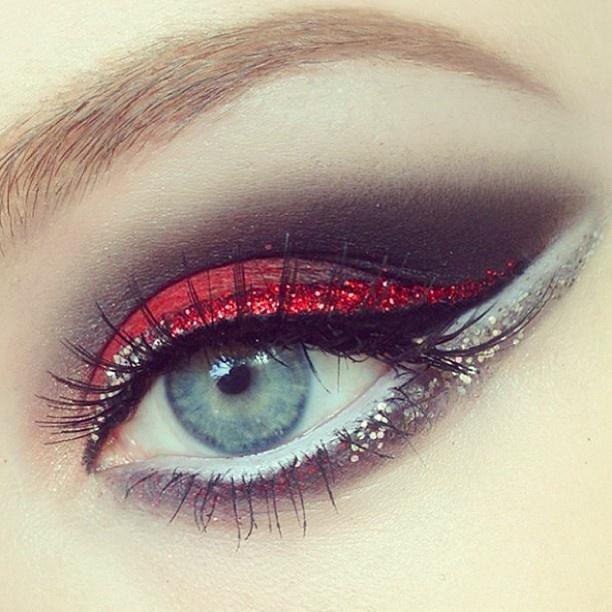Christmas Eyes   Red Glitter, Silver Glitter, Smokey